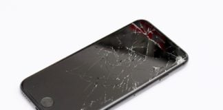 Nastolatek z Melbourne włamał się na serwery Apple